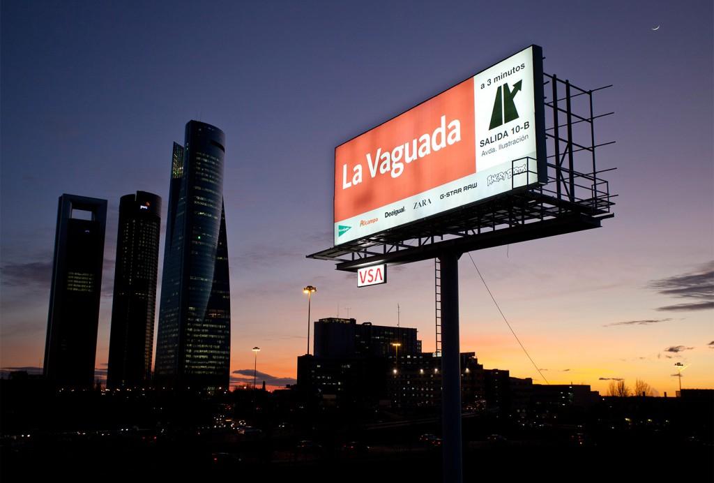 publicidad-exterior-la-vanguada-monopostes-vsa-comunicacion