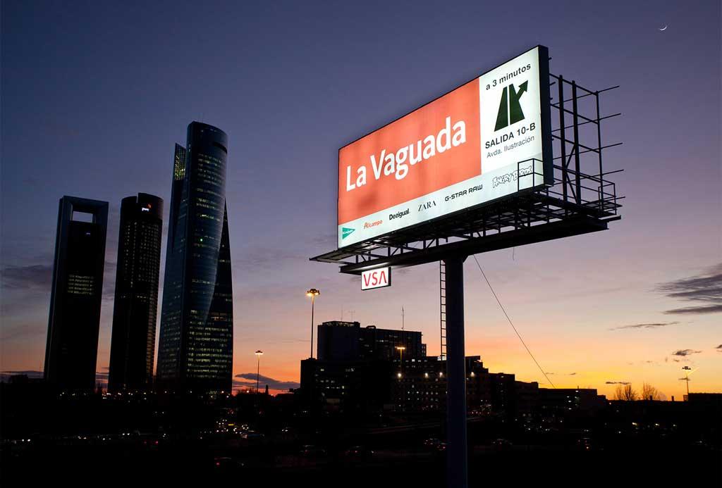 publicidad-exterior-la-vanguardia-monopostes-vsa-comunicacion