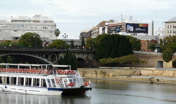 Arjona, 17 Puente de Triana Yoigo - Sevilla