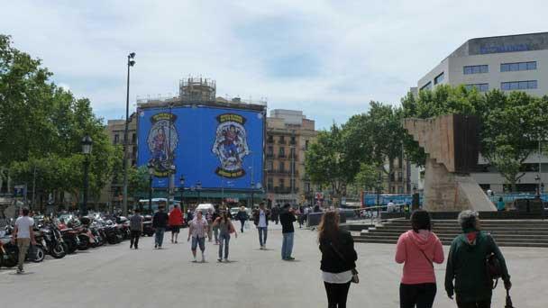 Plaza Catalunya - Nike