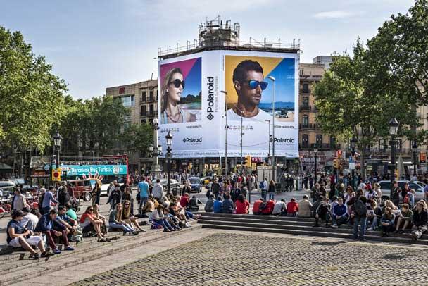 Plaza Catalunya - Polaroid