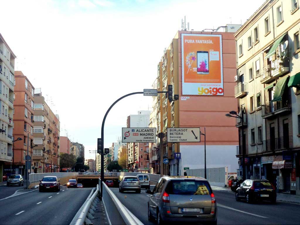 pym-medianera-publicidad-exterior-yoigo-valencia-vsa-comunicacion