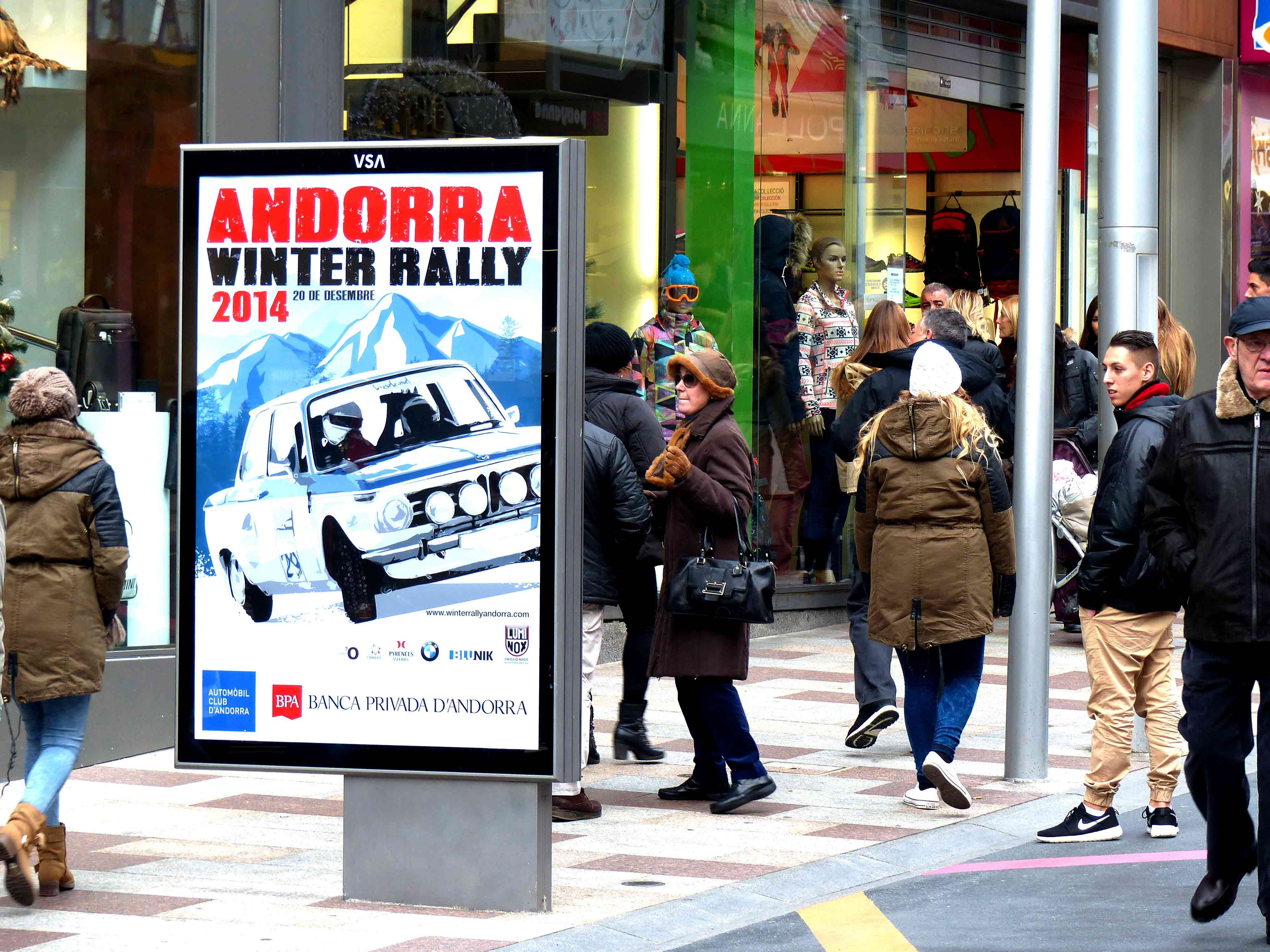 mobiliario-urbano-opi-publicidad-exterior-bpa-cerca-andorra-vsa-comunicacion