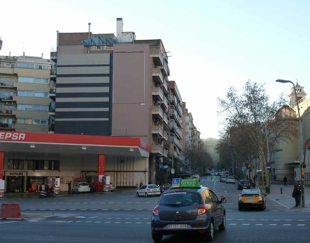 Publicidad Exterior: Reforzamos el Circuito Urbano URVAN de Barcelona incorporando un nuevo emplazamiento en la Avenida Paralelo