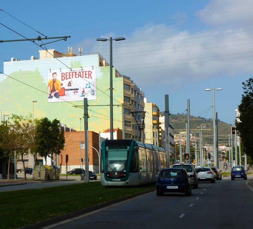 pym-medianera-publicidad-exterior-beefeater-in-edit-festival-barcelona-abril-2015-vsa-comunicacion