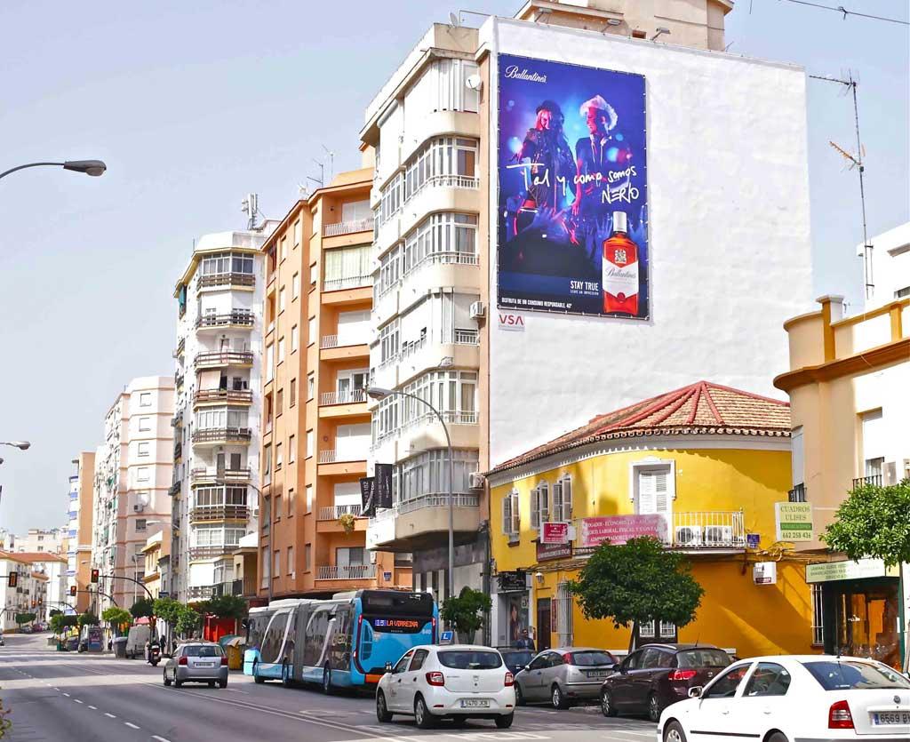 pym-medianera-publicidad-exterior-ballantines-malaga-vsa-comunicacion