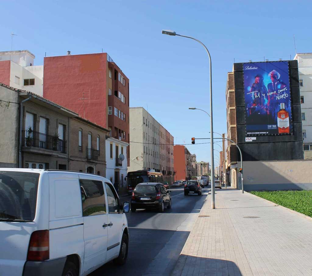 pym-medianera-publicidad-exterior-ballantines-valencia-vsa-comunicacion