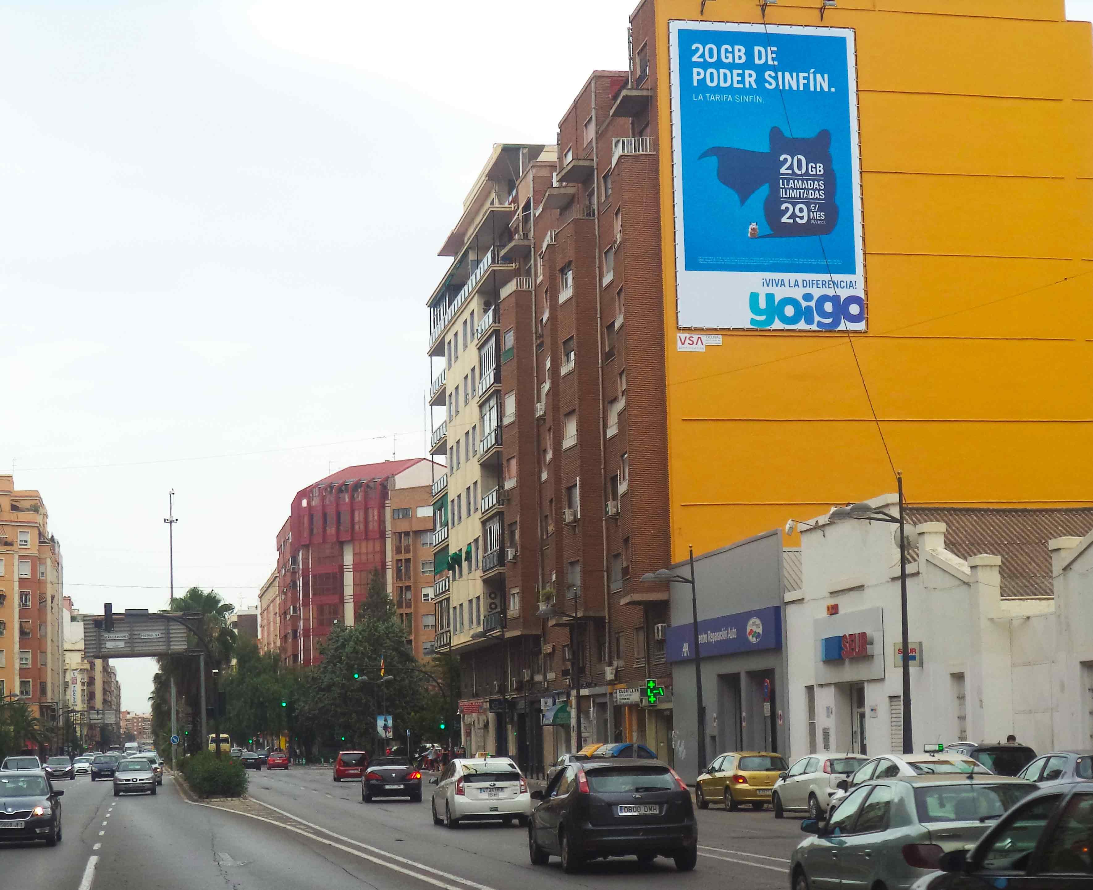 pym-medianera-publicidad-exterior-yoigo-valencia-julio-vsa-comunicacion