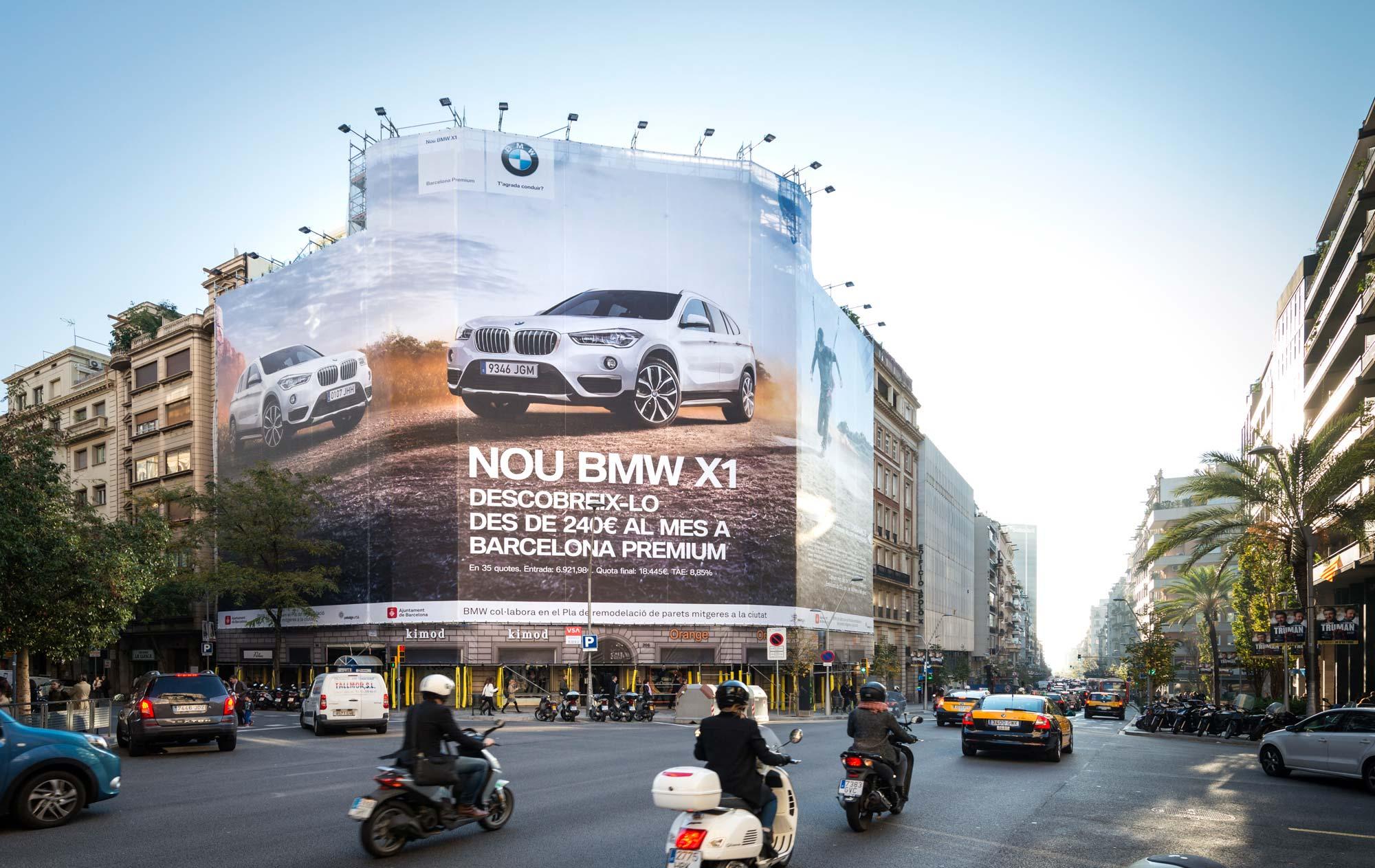 lona-publicitaria-barcelona-bmw-x1-balmes-206-dia-vsa-comunicacion