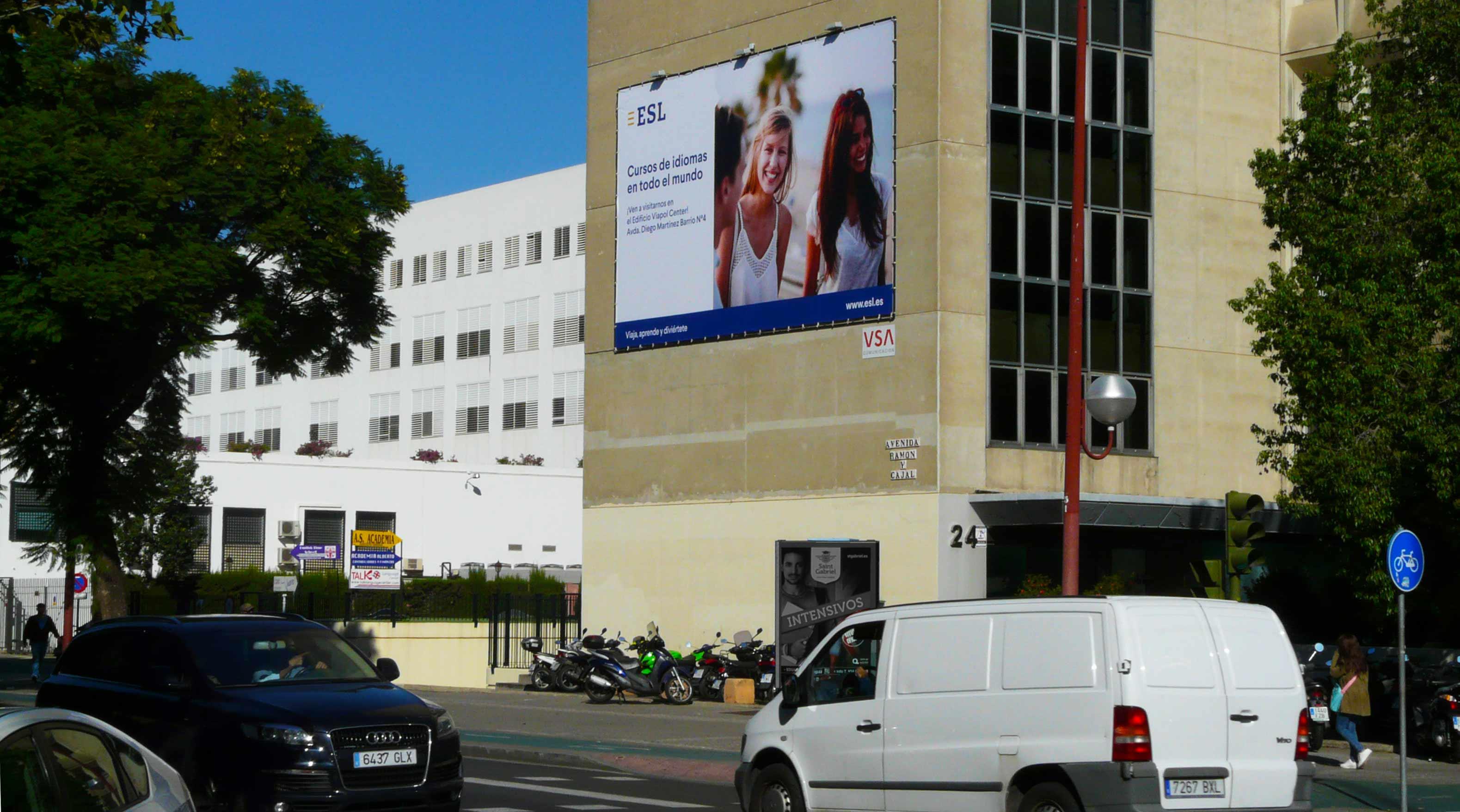 pym-medianera-publicidad-exterior-esl-escuela-idiomas-san-francisco-javier-sevilla-vsa-comunicacion
