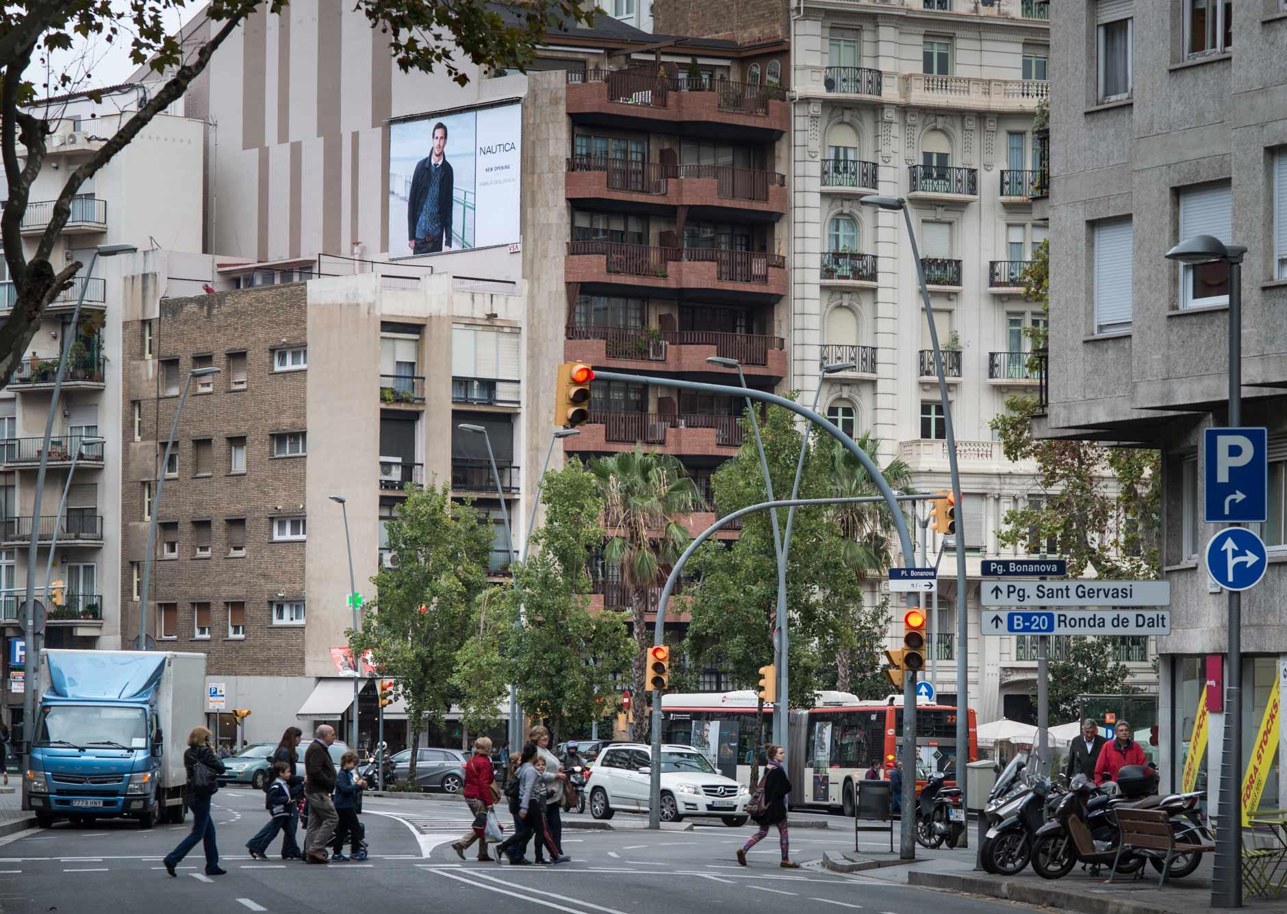 pym-medianera-publicidad-exterior-nautica-barcelona-vsa-comunicacion