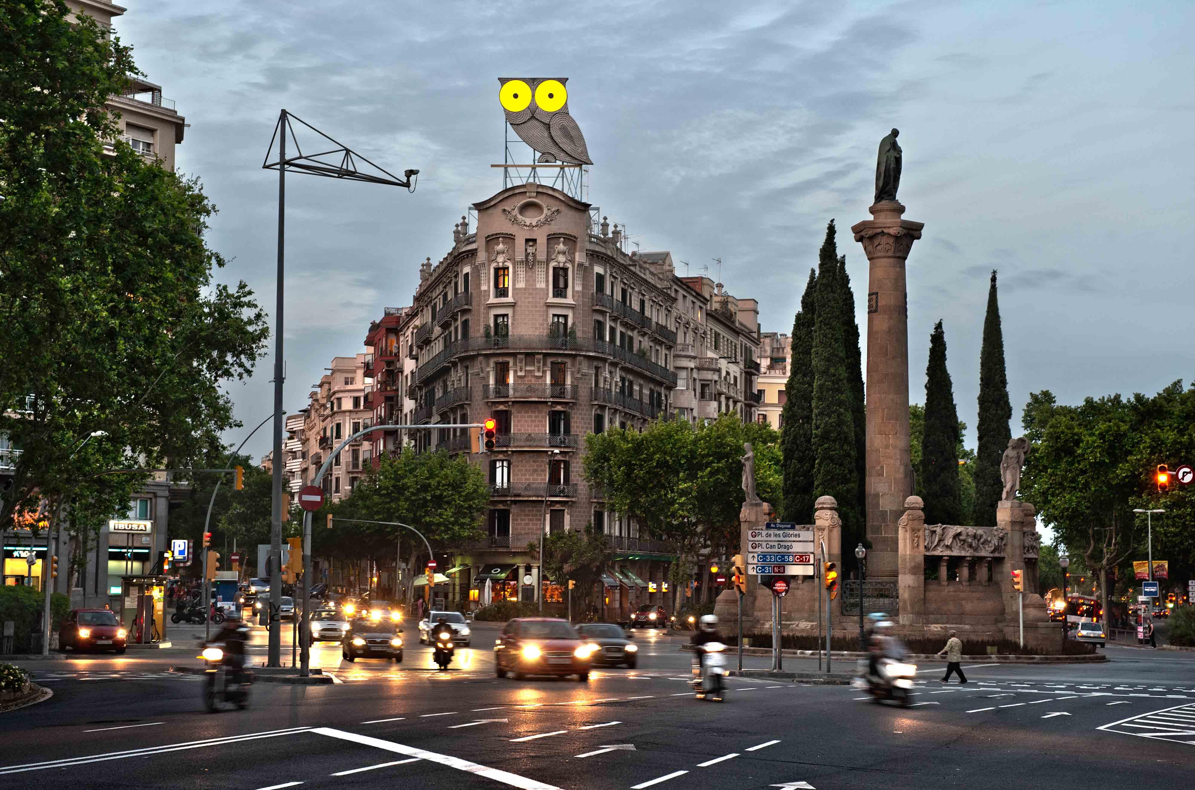 rotulo-luminoso-neon-buho-barcelona-panoramica-vsa-comunicacion