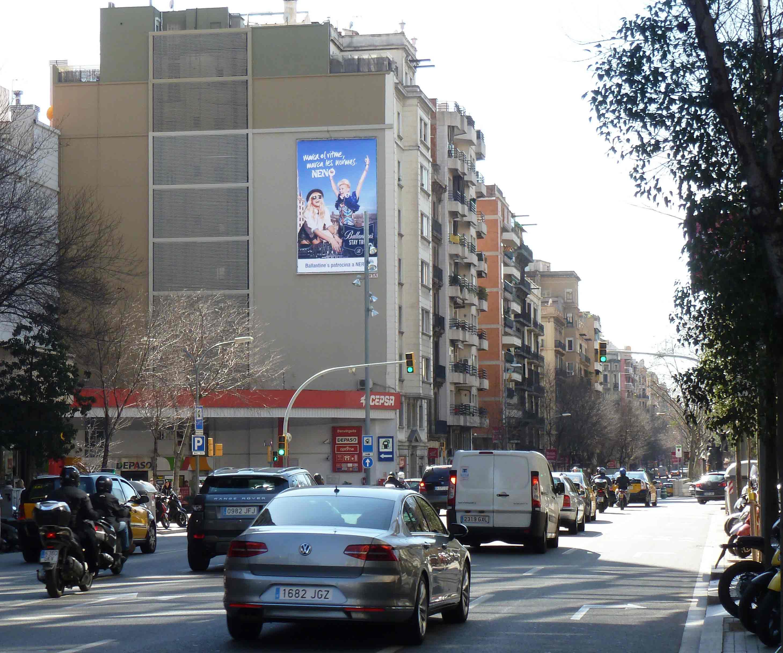 pym-barcelona-calle-aragon-ballantine-nervo-marzo-vsa-comunicacion