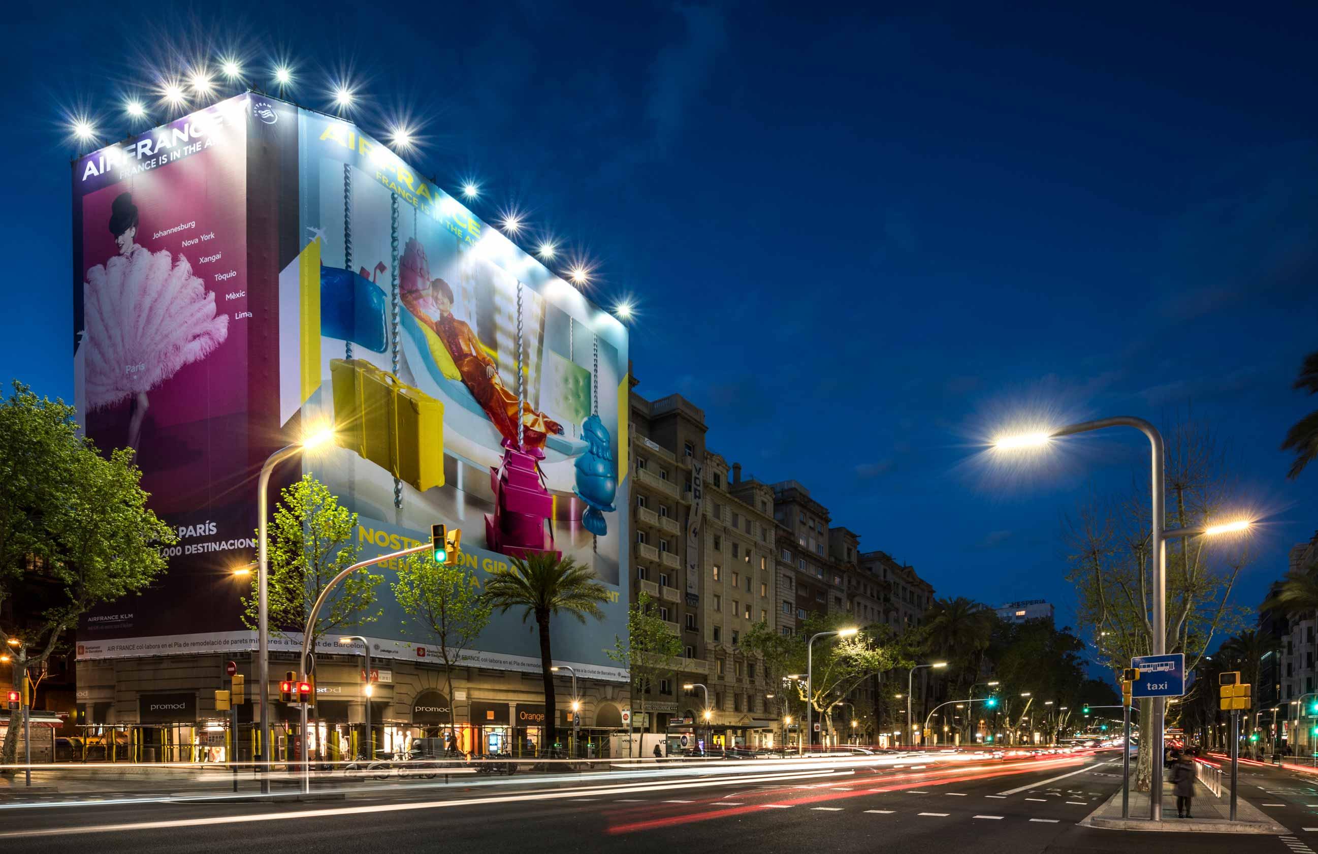 lona-publicitaria-barcelona-avenida-diagonal-598-air-france-vsa-comunicacion