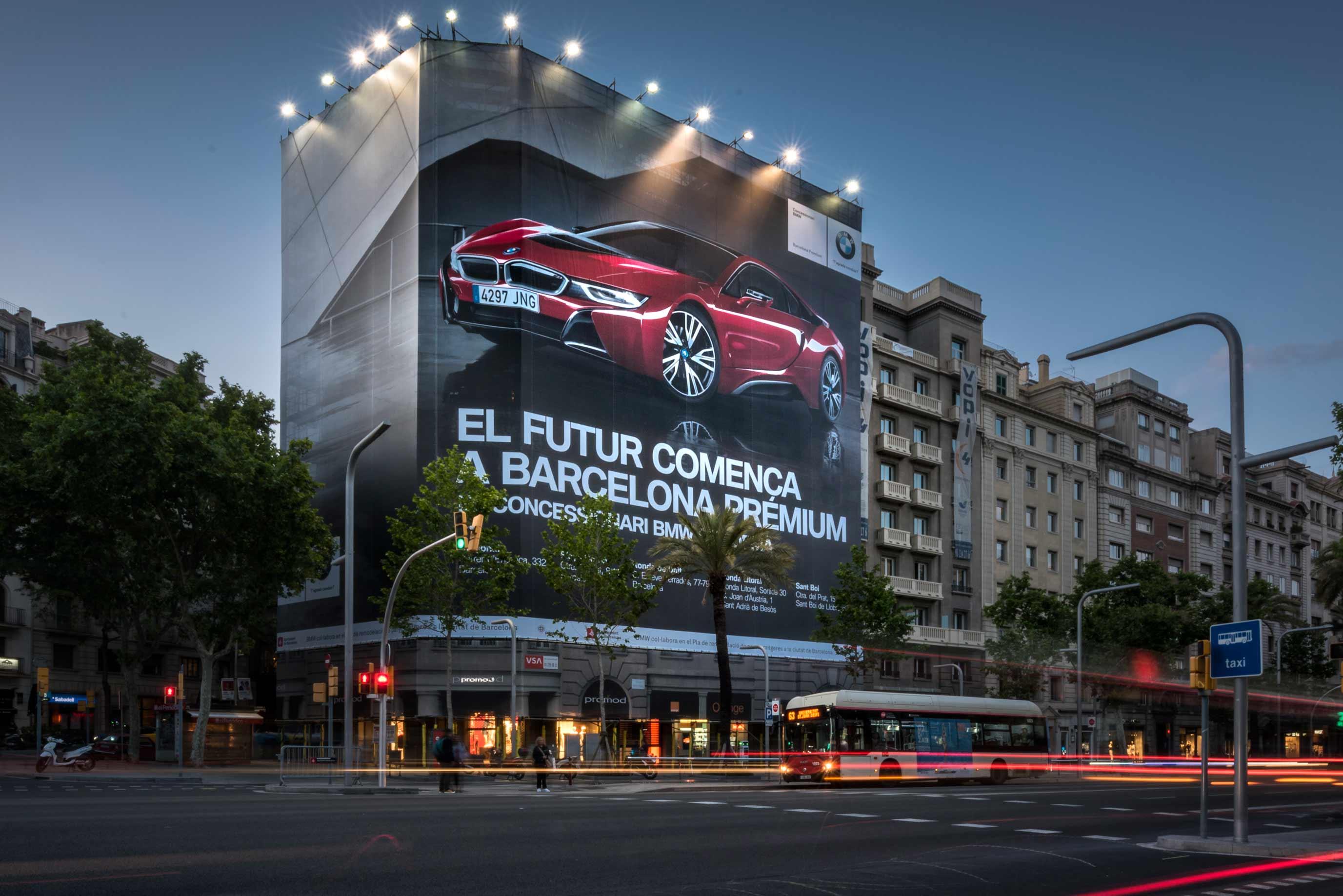 lona-publicitaria-barcelona-avenida-diagonal-598-bmw-premium-vsa-comunicacion