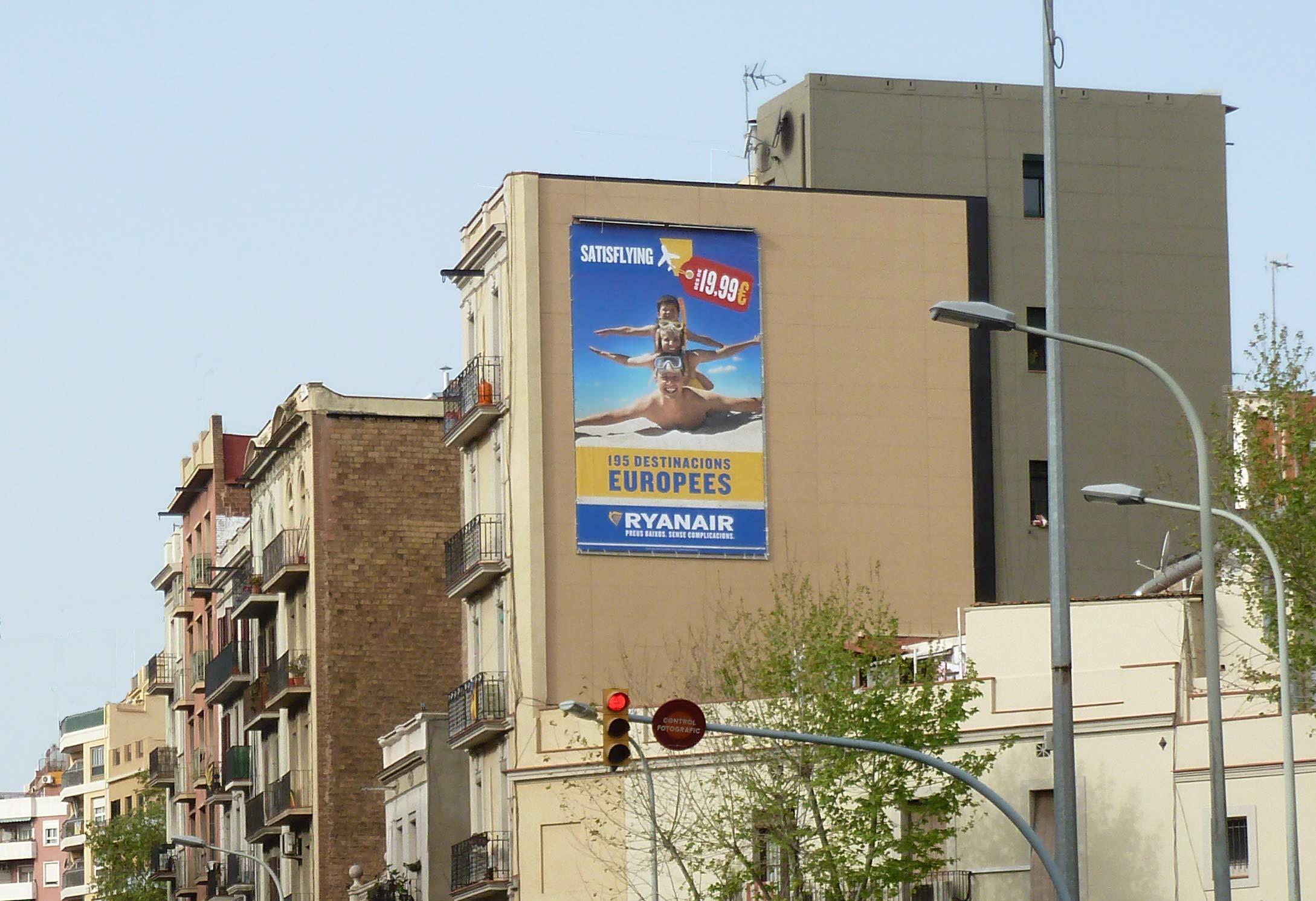 pym-barcelona-pi-i-margall-3-ryanair-abril-vsa-comunicacion