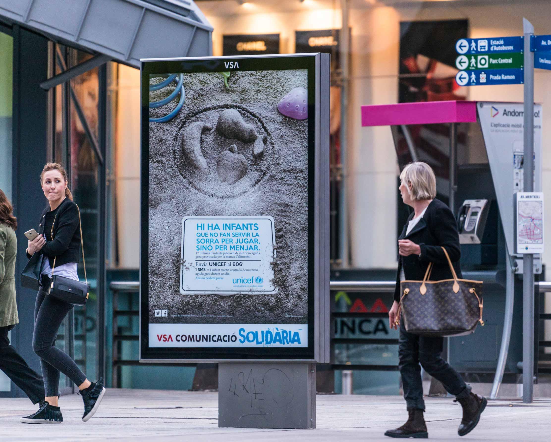 mobiliario-urbano-oppi-publicidad-exterior-unicef-andorra-rsc-vsa-comunicacion