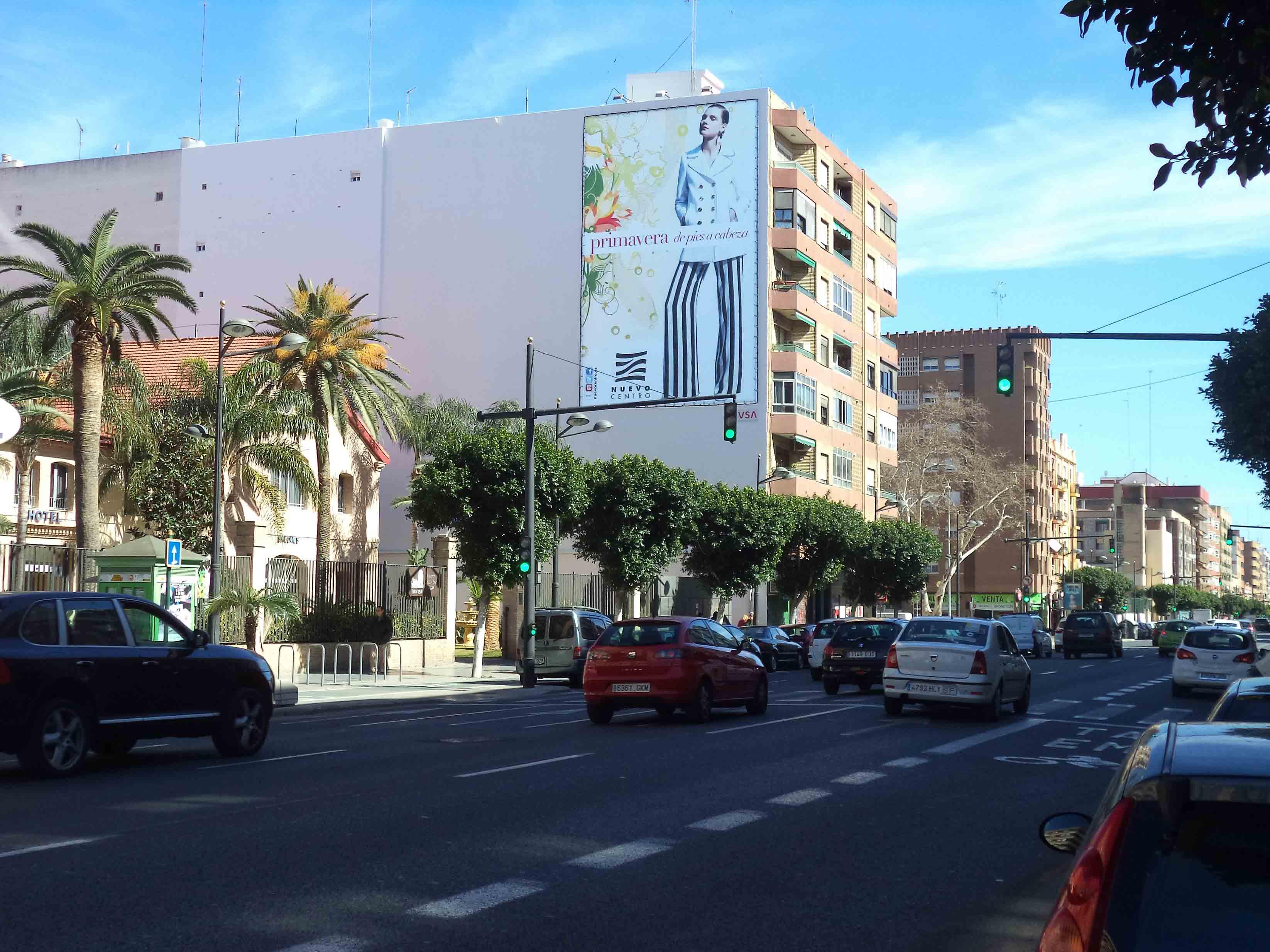 pym-valencia-avenida-del-puerto-nuevo-centro-marzo-vsa-comunicacion