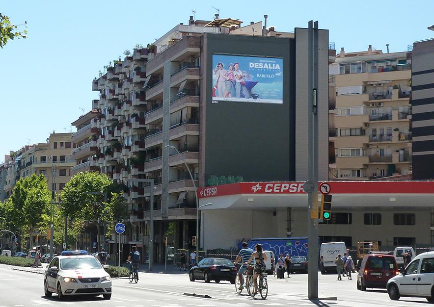 pym-barcelona-avenida-paralelo-179-segrams-desalia-slide-vsa-comunicacion