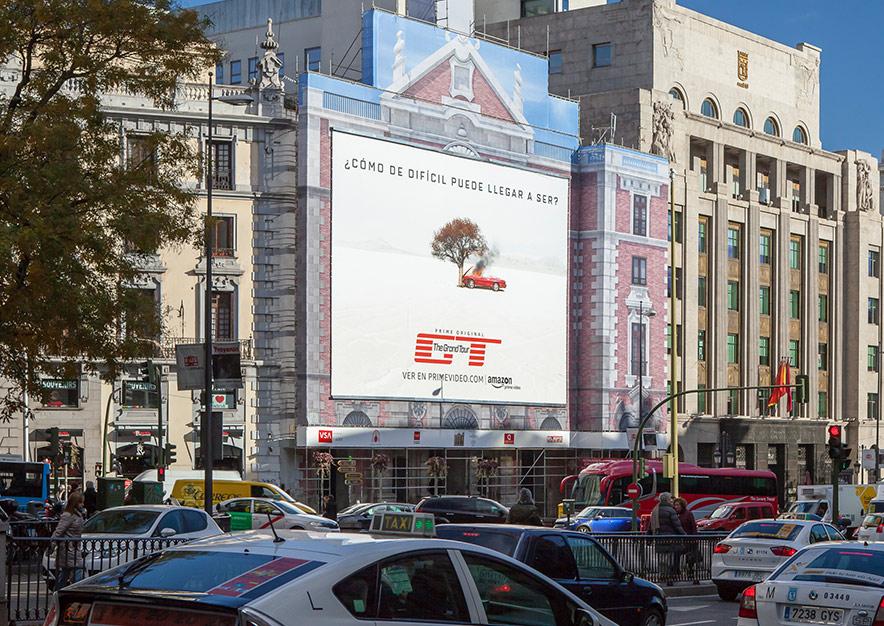 lona-publicitaria-madrid-alcala-43-amazon-vsa-comunicacion
