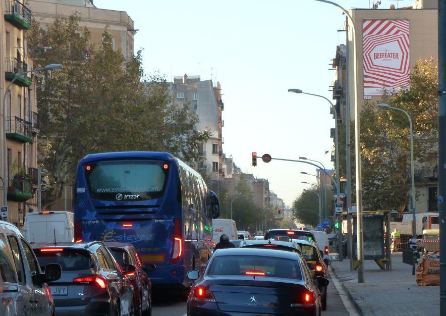 pym-barcelona-aragon-551-beefeater-london-town--vsa-comunicacion