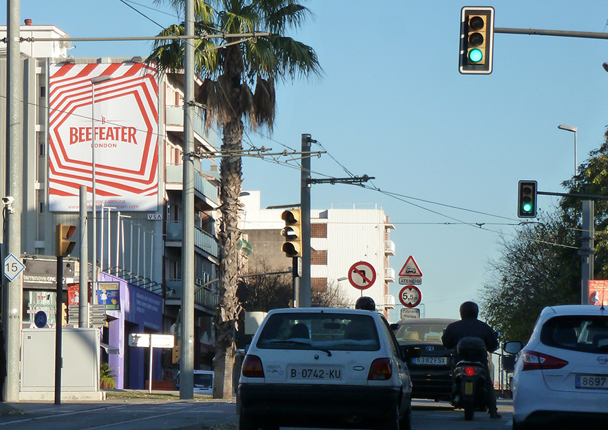 pym-barcelona-carretera-reial-60-beefeater-london-town-vsa-comunicacion