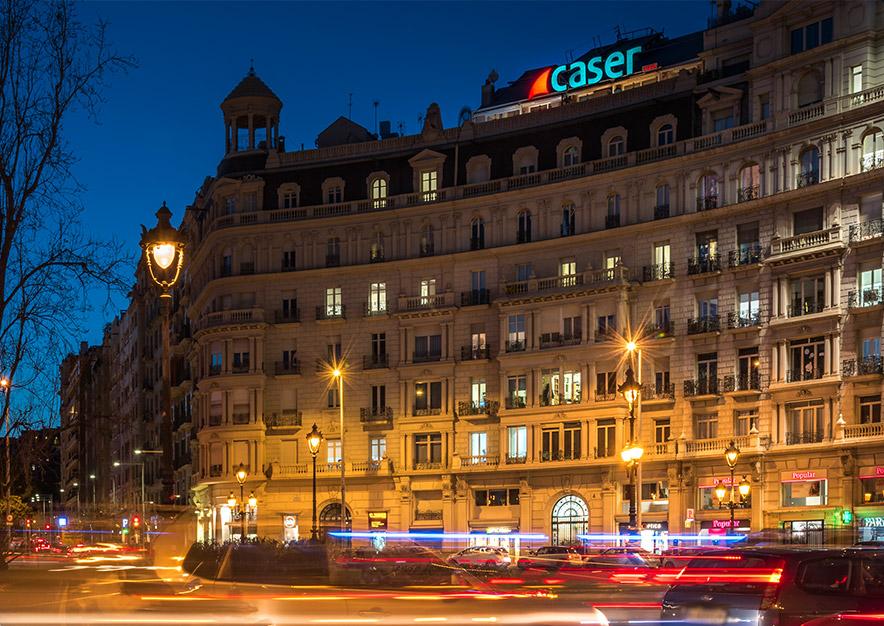 rotulo-luminoso-barcelona-plaza-francesc-macia-4-caser-pau-casals-vsa-comunicacion