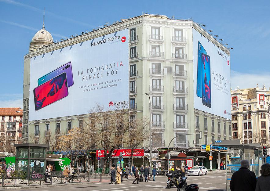 lona-publicitaria-madrid-alcala-96-huawei-dia-vsa-comunicacion