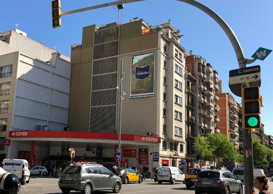 pym-barcelona-aragon-170-ballantines-vsa-comunicacion