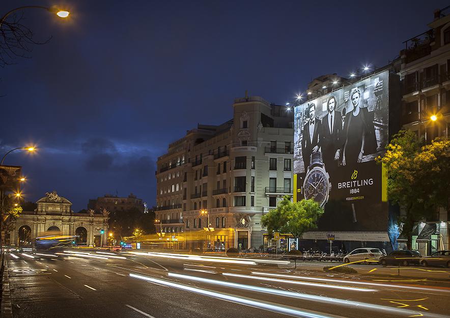 lona-publicitaria-madrid-alcala-75-breitling-noche-vsa-comunicacion