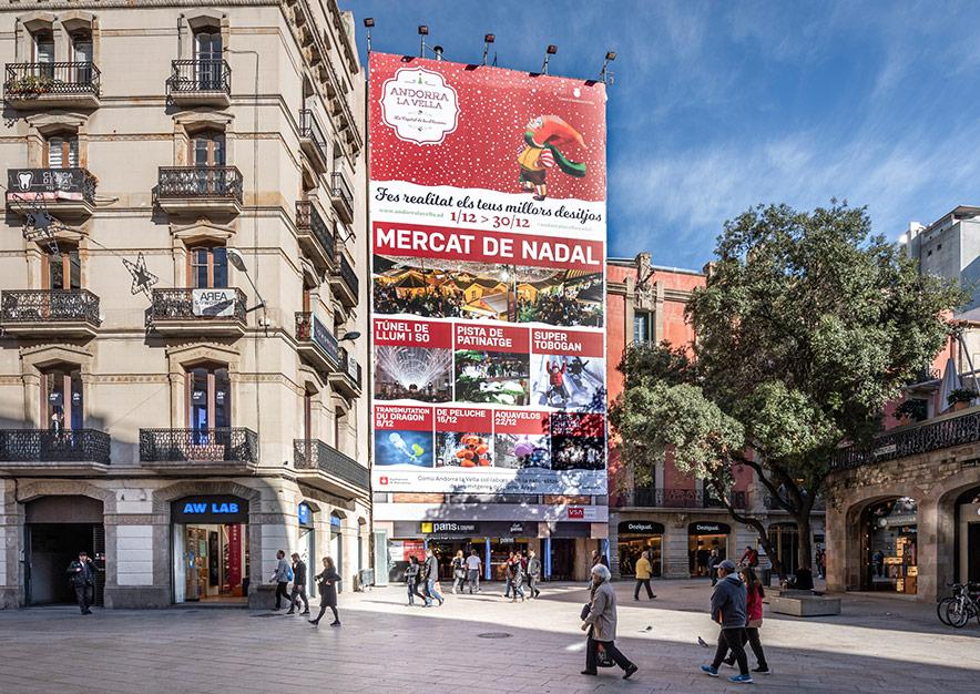 lona-publicitaria-barcelona-puerta-del-angel-2-poblet-de-nadal-dia-vsa-comunicacion