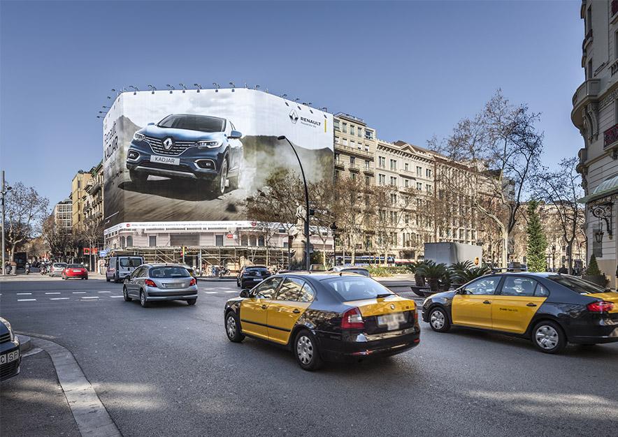lona-publicitaria-barcelona-gran-via-635-renault-kadjar-dia-vsa-comunicacion