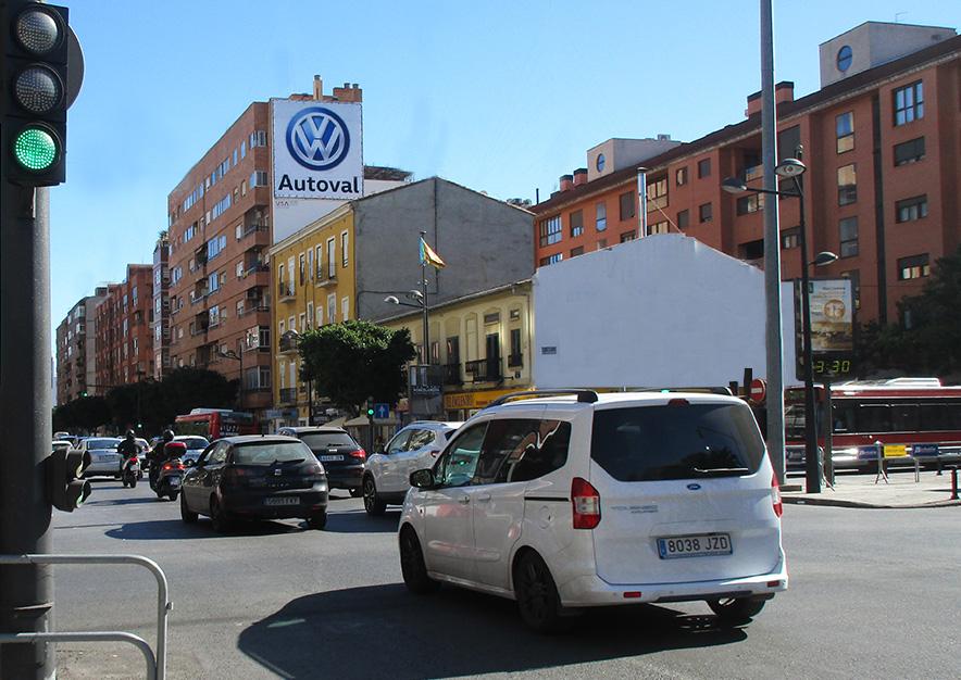 pym-valencia-avenida-del-puerto-120-volkswagen-autoval-cerca-vsa-comunicacion