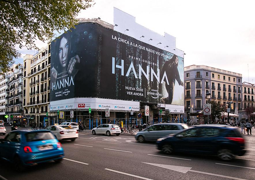 lona-publicitaria-madrid-plateria-martinez-amazon-hanna-dia-vsa-comunicacion