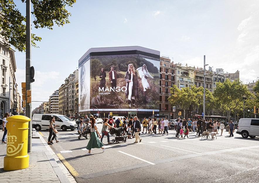 lona-publicitaria-barcelona-paseo-de-gracia-54-mango-dia-vsa-comunicacion