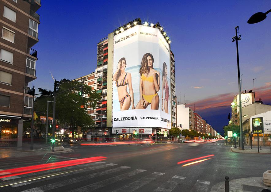 lona-publicitaria-valencia-avenida-del-puerto- 87-calzedonia-noche-vsa-comunicacion