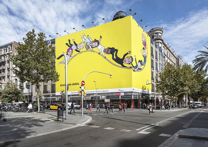 lona-publicitaria-barcelona-avenida-diagonal-490-snapchat-dia-vsa-comunicacion