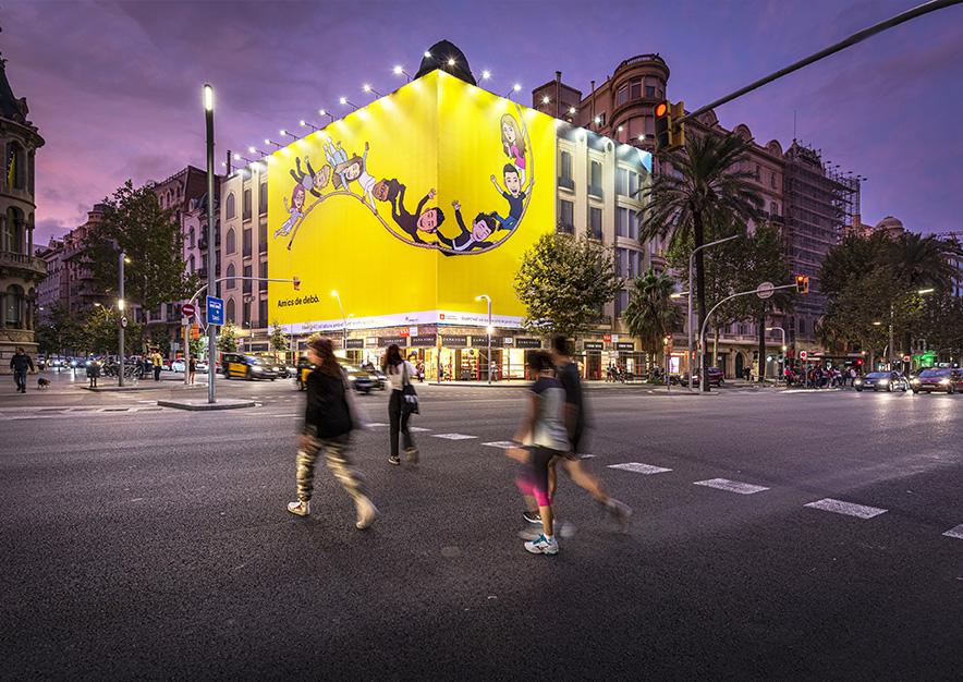 lona-publicitaria-barcelona-avenida-diagonal-490-snapchat-noche-vsa-comunicacion