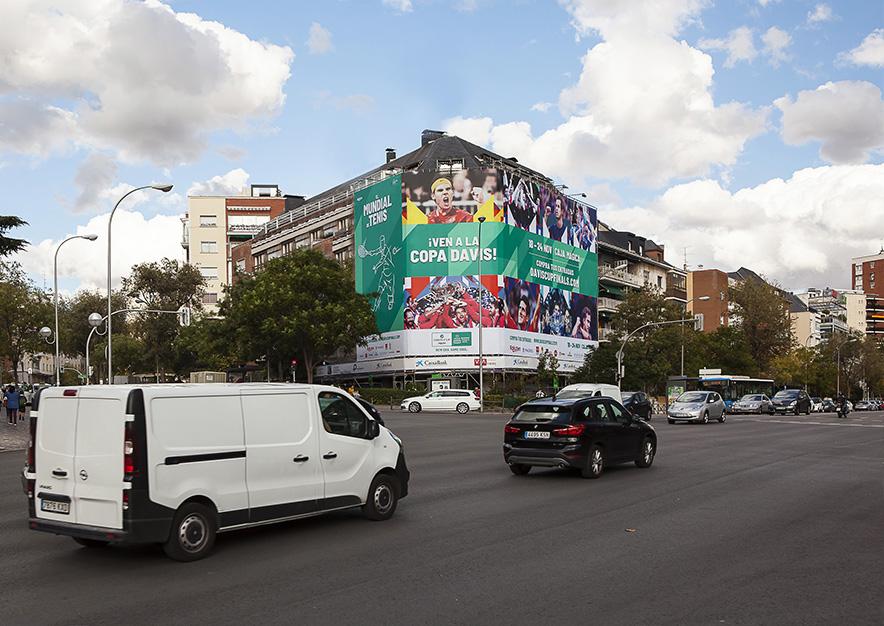 lona-publicitaria-madrid-serrano-216-octubre-copa-davis-dia-vsa-comunicacion