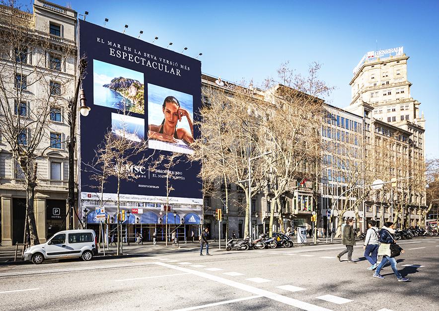 lona-publicitaria-barcelona-paseo-de-gracia-3-msc-dia-vsa-comunicacion