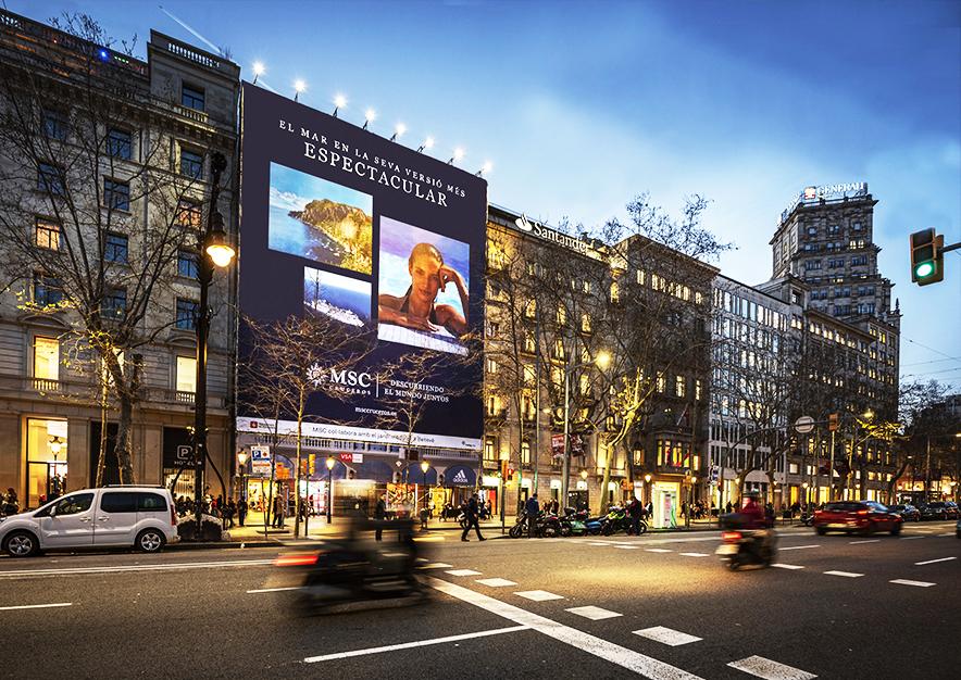 lona-publicitaria-barcelona-paseo-de-gracia-3-msc-noche-vsa-comunicacion