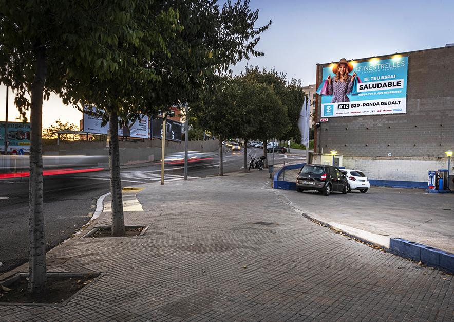 pym-barcelona-passatge-dels-alps-finestrelles-shopping-centre-vsa-comunicacion