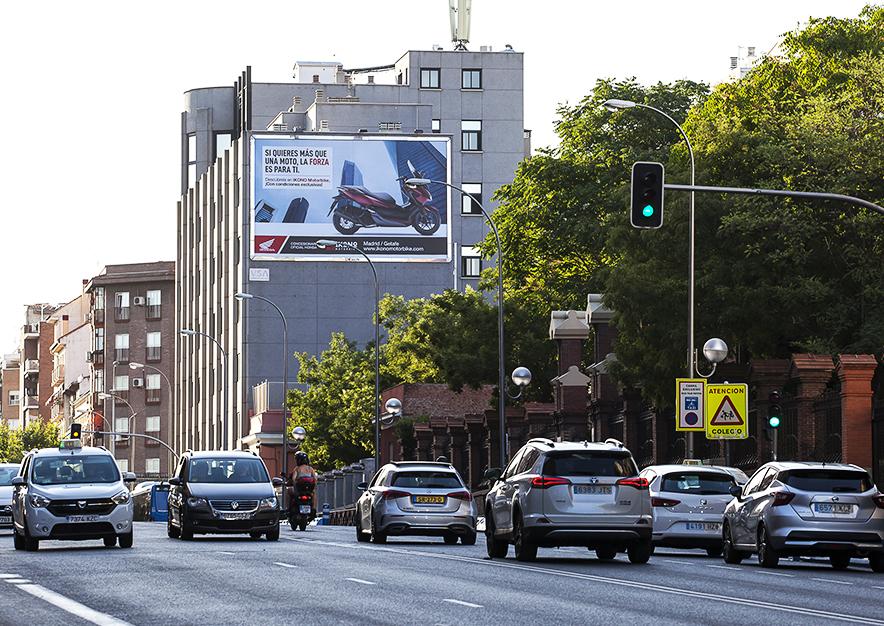 pym-madrid-ciudad-de-barcelona-ikono-motors-dia-vsa-comunicacion