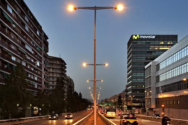 R tulos luminosos movistar branding publicidad for Oficinas movistar valencia